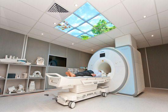 В кабинете МРТ