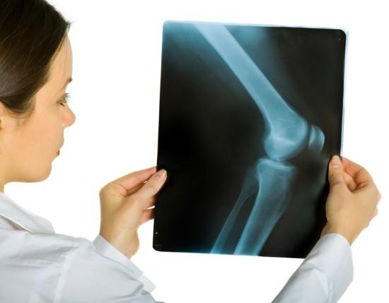 Описанием снимков занимается врач-рентгенолог