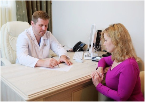 На консультации у хирурга-ортопеда