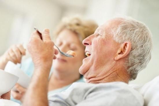 После колоноскопии следует придерживаться диеты, чтобы не нагружать кишечник