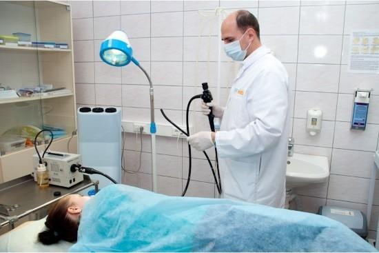 Эзофагоскопия может проводится планово или экстренно