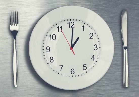 Ректороманоскопию могут проводить как утром, так и во второй половине дня