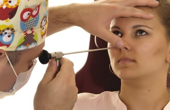 Эндоскопия носа назначается при заболевании ЛОР-органов