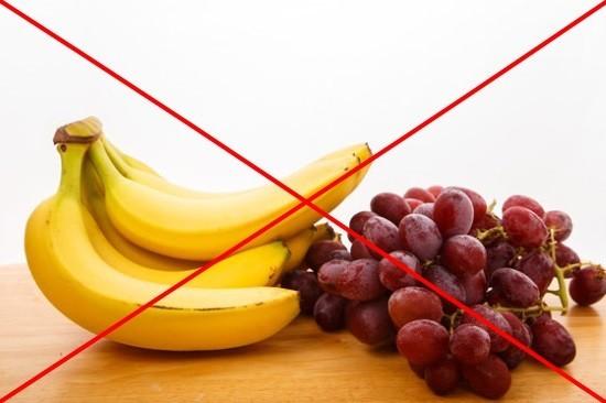 Бесшлаковая диета предполагает отказ от фруктов