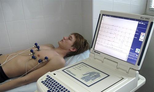 Обман аппарата ЭКГ