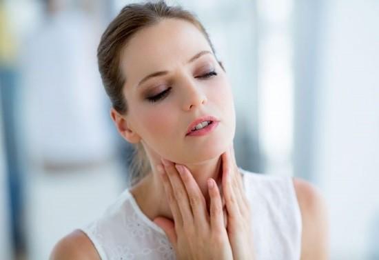 Боль в горле является распространенным осложнением после общего наркоза