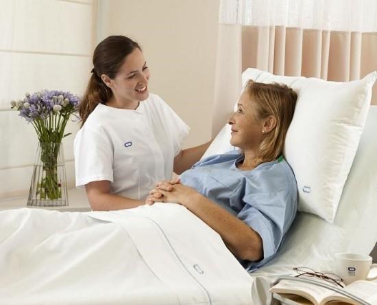 Пациентка после гастроскопии в палате