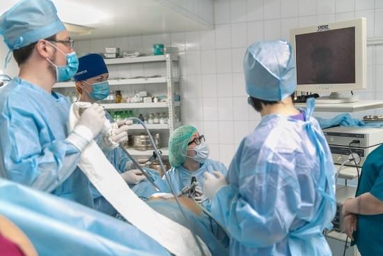 Лечение кисты яичника народными средствами без операции